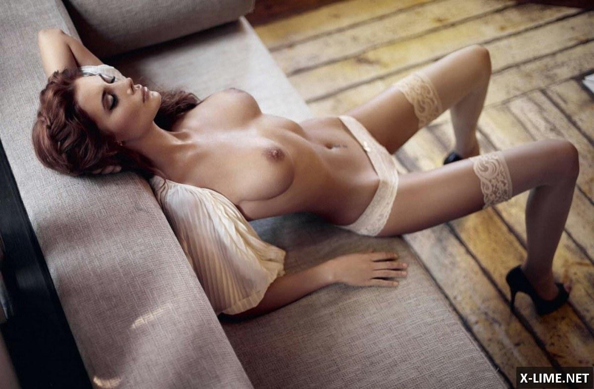 Голая Лилия Кулик в эротической фотосессии журнала EGO