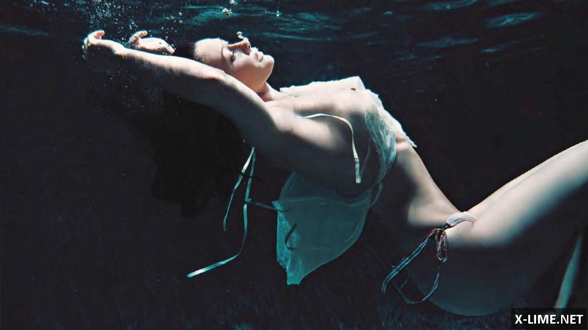 Голая Шеннон Доэрти в откровенной фотосессии журнала PLAYBOY