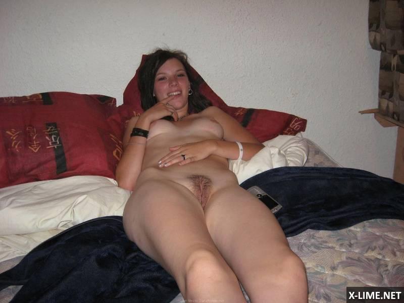 Домашний секс с молодой женой (68 ФОТО)