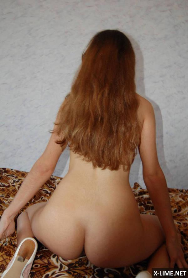 Домашнее грудастой молодой девушки (15 ФОТО)