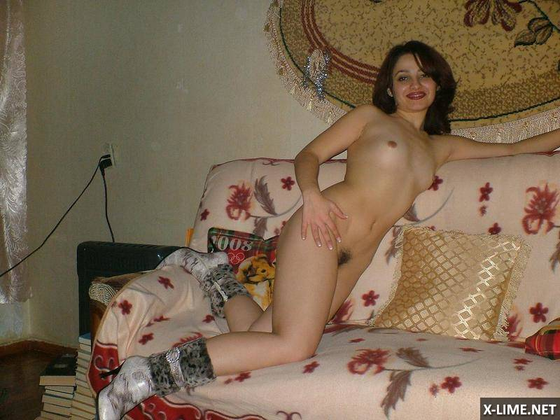 Домашнее жены с волосатой киской (15 ФОТО)